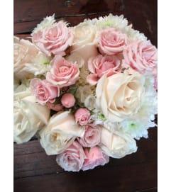 bridal bouquet light pink