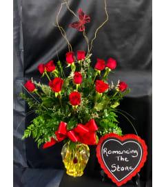 Romancing The Stone Lighted Vase Keepsake Necklace Bouquet