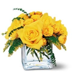 Teleflora Yellow Rose Cube