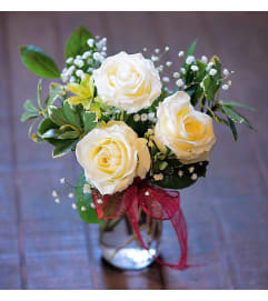 Short Stemmed White Roses