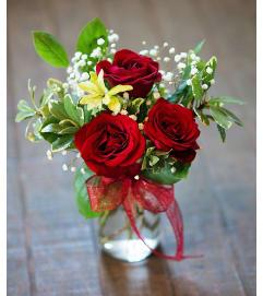 Sort Stemmed Red Roses