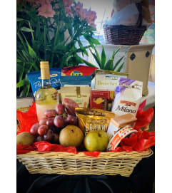 Romantic Valentine Basket