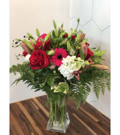 Half Dozen Roses Florals