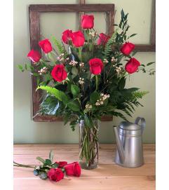 Long Stem Designed Red Roses