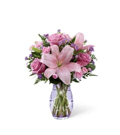 The FTD® Graceful Wonder™ Bouquet