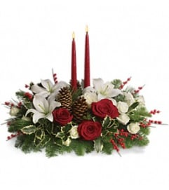 Teleflora Christmas Wishes Centerpiece