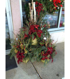 Classic Outdoor Christmas Urn