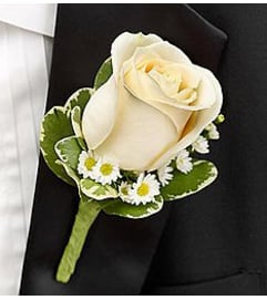 Boutonniere White *PICK UP ONLY*