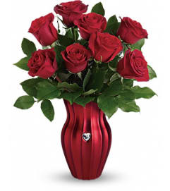 Teleflora's Heart Of A Rose Bouquet