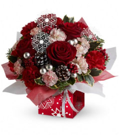 Teleflora's Snow Flurries Present Perfect