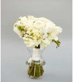 Eloquent in White Bouquet