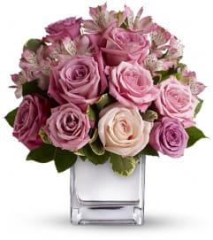 Teleflora's Rose Rendezvous Bouquet