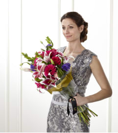 ​The FTD® Be Daring™ Presentation Bouquet