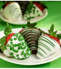 St. Patrick's Day Chocolate Covered Strawberr