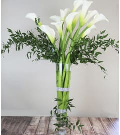 Grand Calla Lily Arrangement