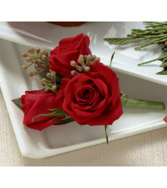 The FTD® Red Spray Rose Boutonniere