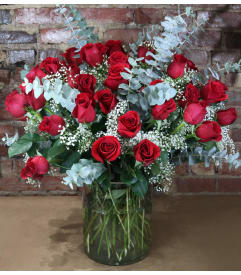 Custom designed flowers gifts staten island ny florist rose abundance negle Images