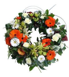 The Simple Garden Wreath