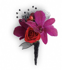 Celebrity Style Boutonniere