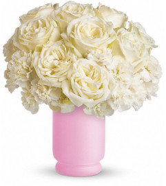 Teleflora's Sweetly Chic