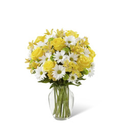 The Sunny Sentiments™ Bouquet by FTD®