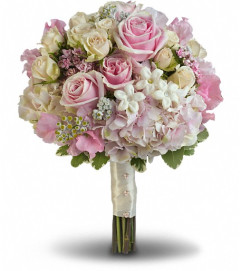 Pink Rose Splendor Bouquet