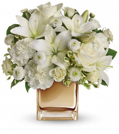Starlit Kisses by Teleflora