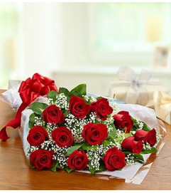 One Dozen Rose Presentation Bouquet - Red