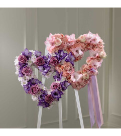 The FTD® Hearts Eternal™ Easel