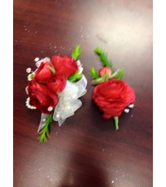 red rununculus corsage and bout