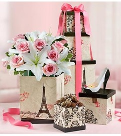 Fashionista Mom™ Bouquet with Votive and Choc