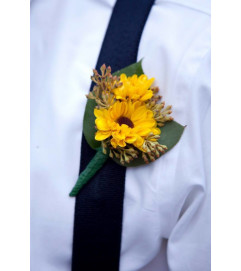 MINI SUNFLOWER BOUTONNIERE FOR LAPEL OR SUSPENDERS