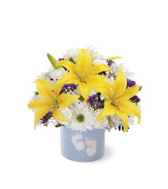 The FTD® Sweet Dreams® Bouquet - Boy