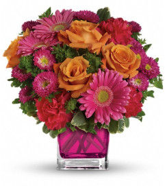 Teleflora's Turn Up The Pink Bouquet