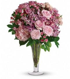 A La Mode Bouquet with Long Stemmed Roses