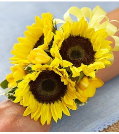 Country Wedding Corsage - Sunflower