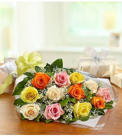One Dozen Rose Presentation Bouquet - Mixed