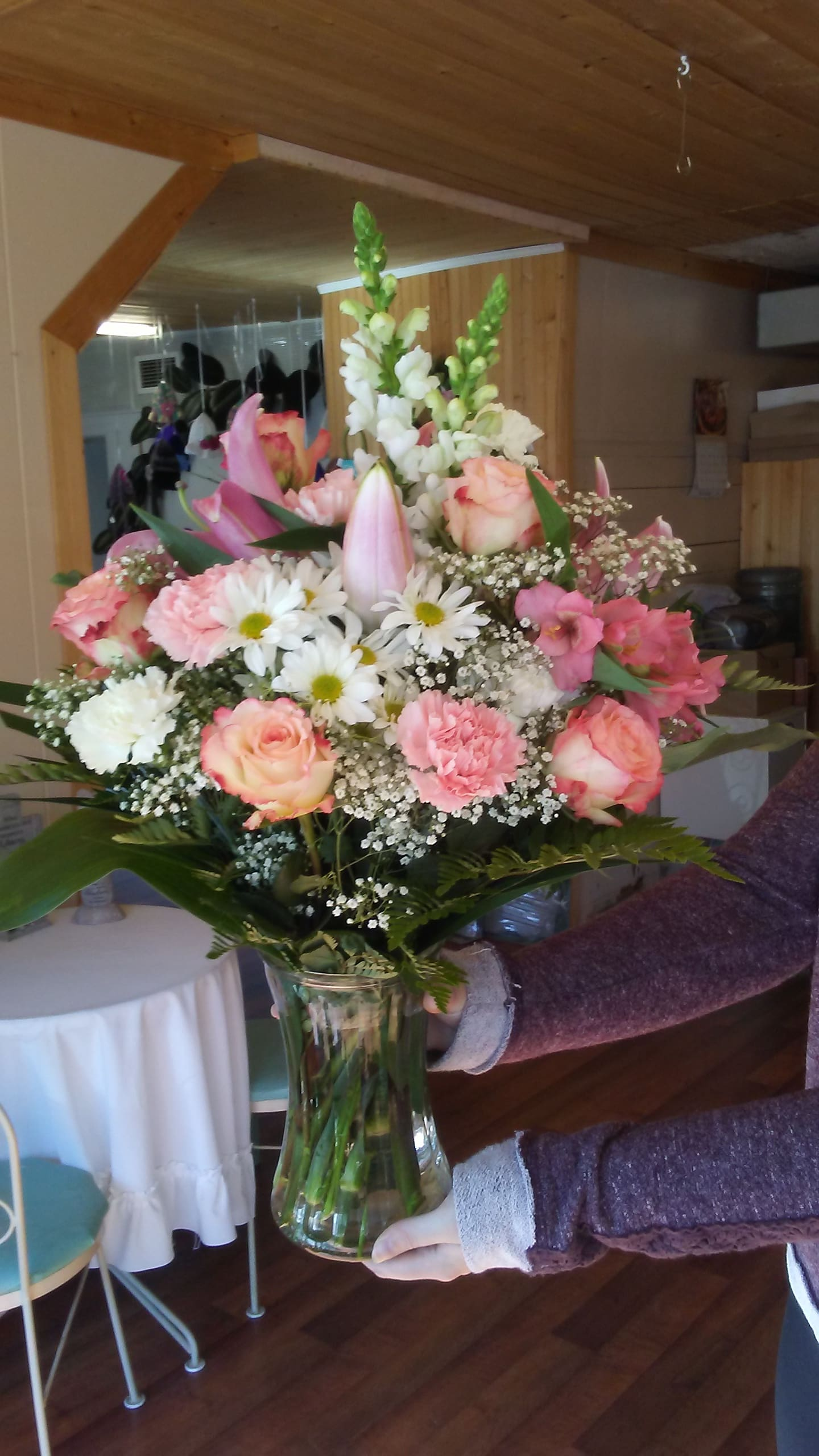 Flower delivery in Napanee ON image