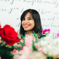 Dream Blooms - Real Local Florist