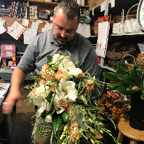 Tom Rodgers Flowers - Real Local Florist