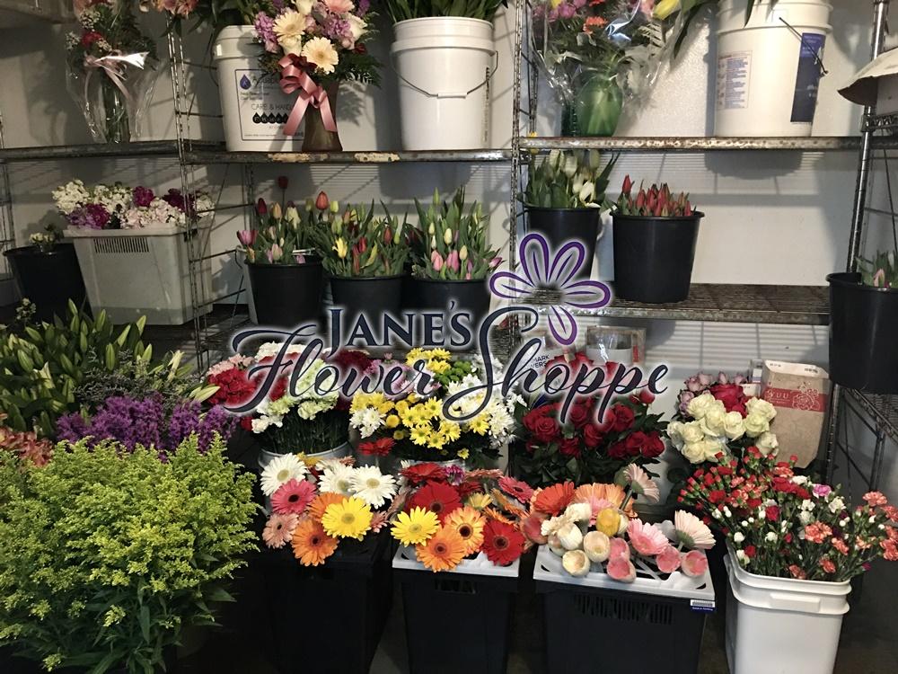 Janes_Flower_Shoppe_photos_009_auoijo.jpg