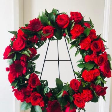 all_red_funeral_wreath_gk2n7b.jpg
