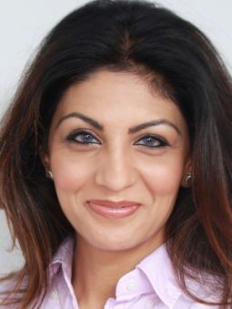 Omera Qayyum Khan