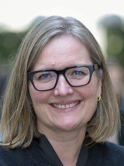 Nina Cecilie Øverby