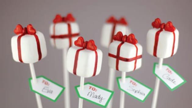 christmas present cake pops