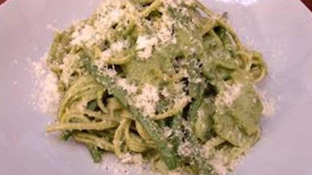 Linguine with pesto potatoes and green beans good food channel linguine with pesto potatoes and green beans forumfinder Images