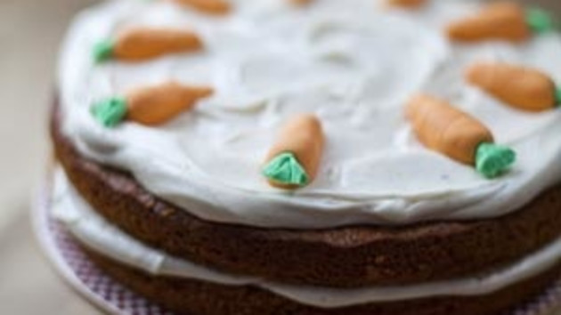 Carrot cake with cinnamon frosting good food channel carrot cake with cinnamon frosting forumfinder Choice Image