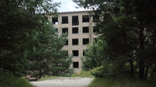 5 incredibly eerie abandoned structures abandoned engineering