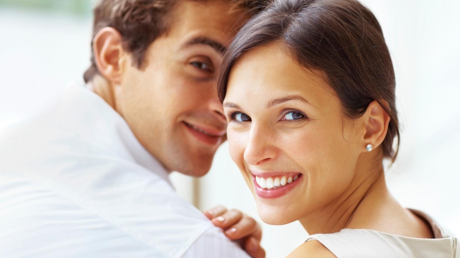 Трахнул продавщицу молодая пара муж и жена настя