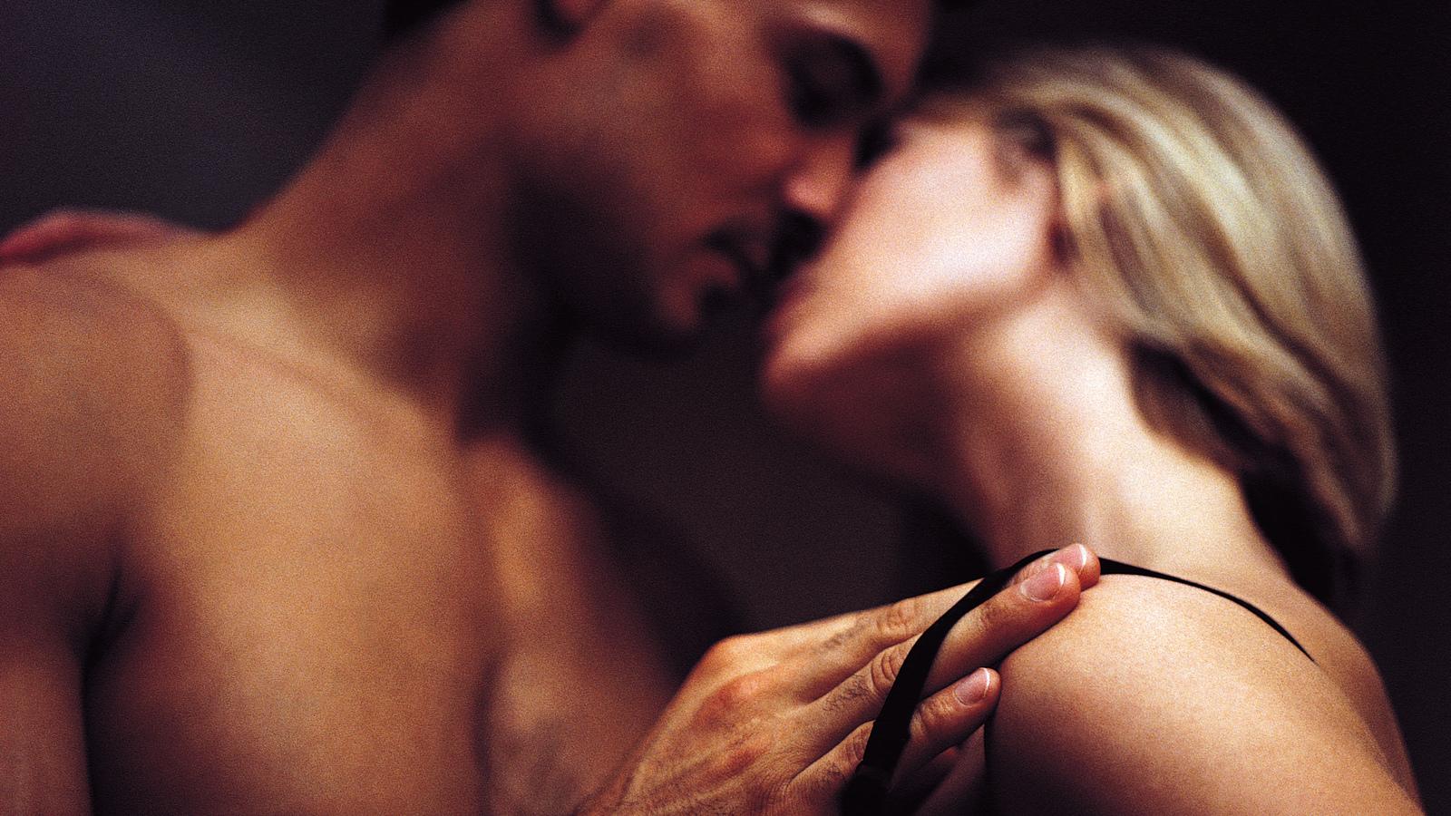 Даже страсть девушек секс